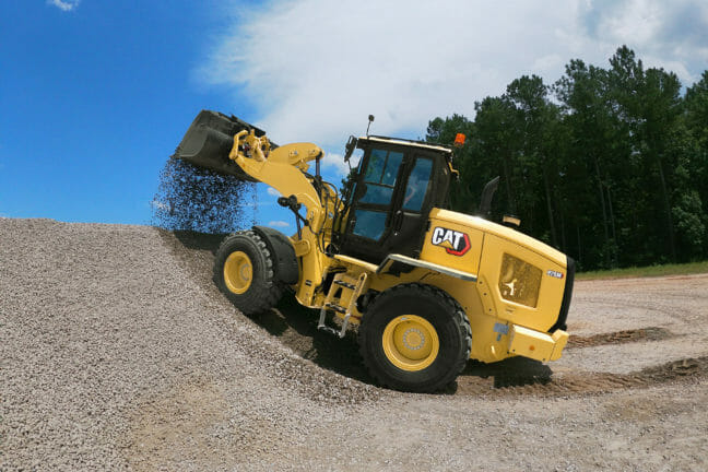 Small wheel loader with gravel