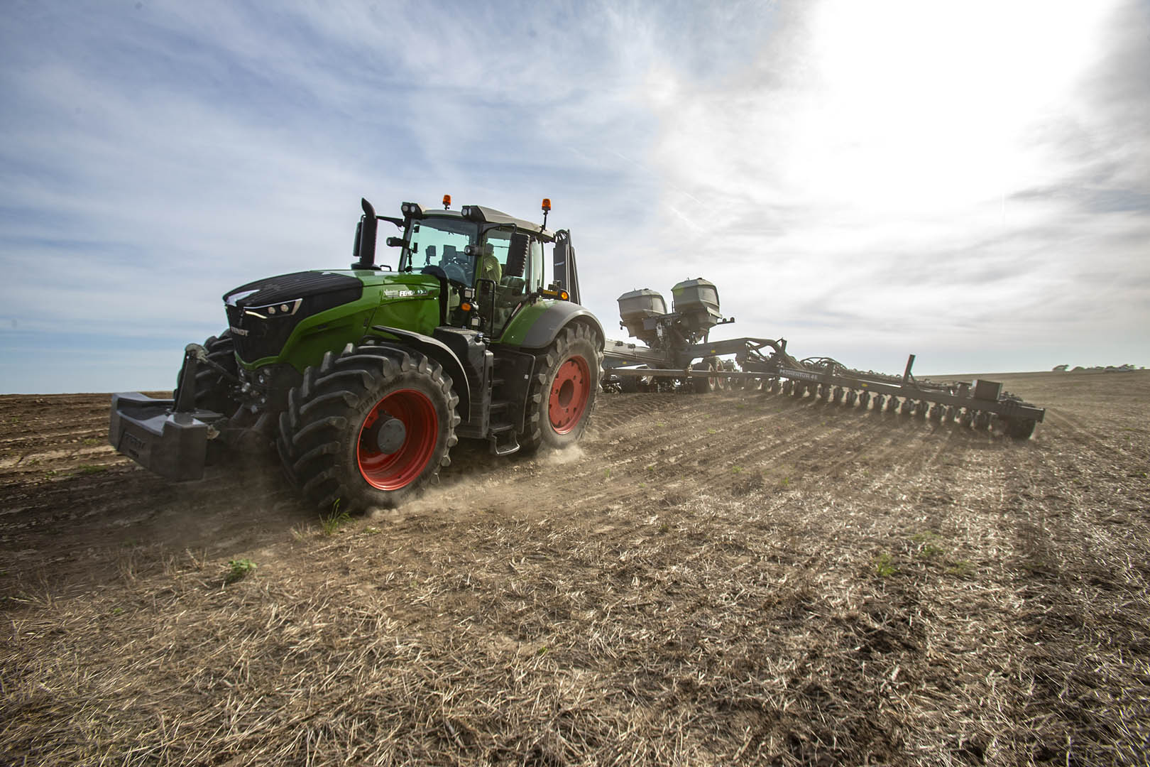 Fendt Momentum Planter working in the field