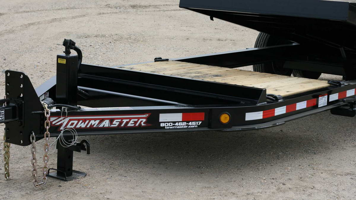 close-up of a towmaster trailer
