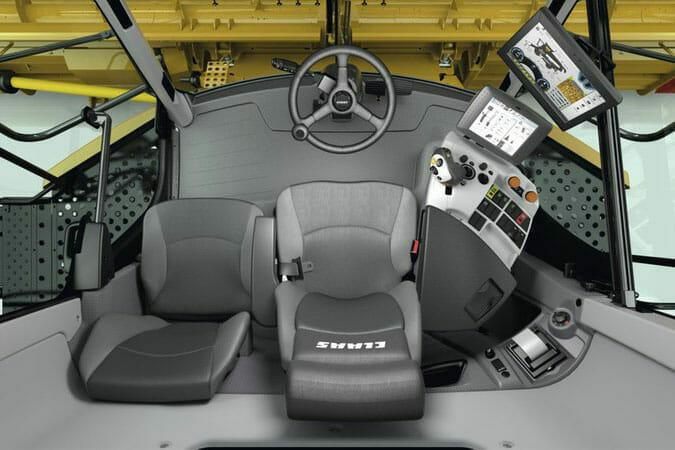 CLAAS Lexion 600 Series Interior