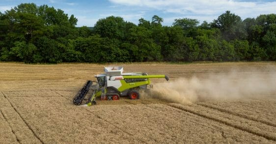 CLAAS 8000-7000 series combine side view