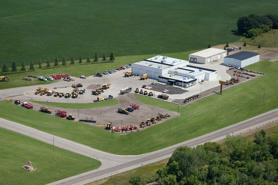 heavy equipment dealer in Fergus Falls, MN