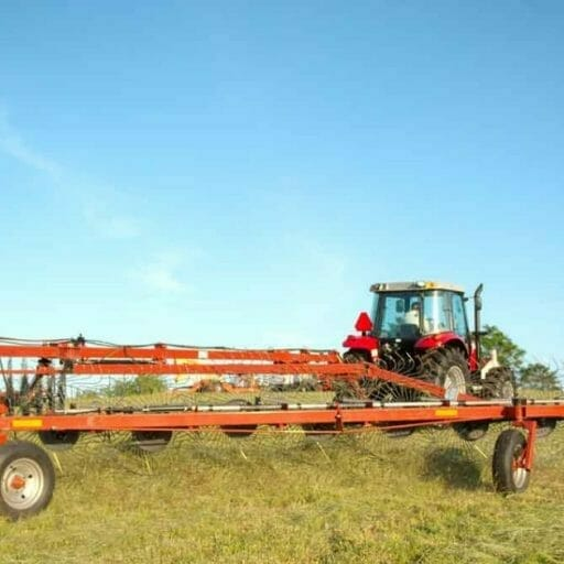 mf_3900_series_rakes